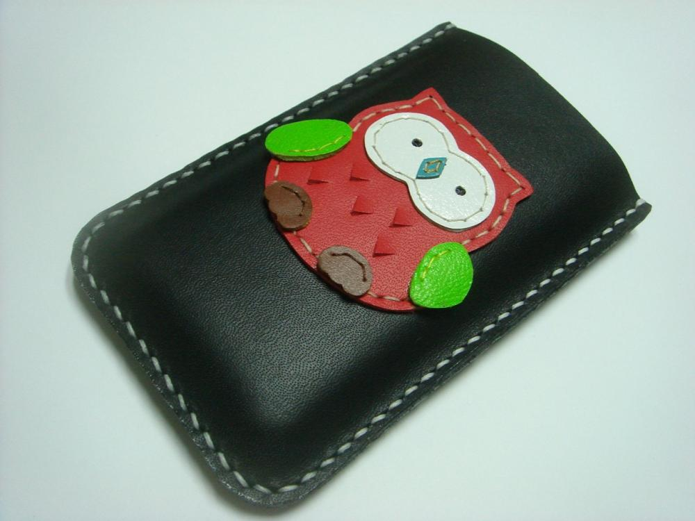 Fanny the Owl iPhone leather case ( Black and red )