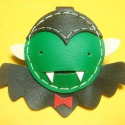 Alvin the Vampire Leather Keychain ( Black / Green )