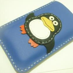 Sara the Penguin iPhone Leather Case ( Black and Blue )