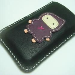 Taka the Ninja iPhone Leather case ( Black and Purple )